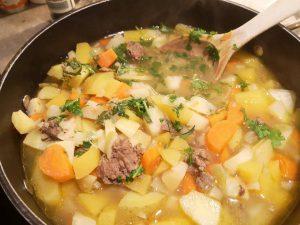 Kraftsuppe heler tarmen.